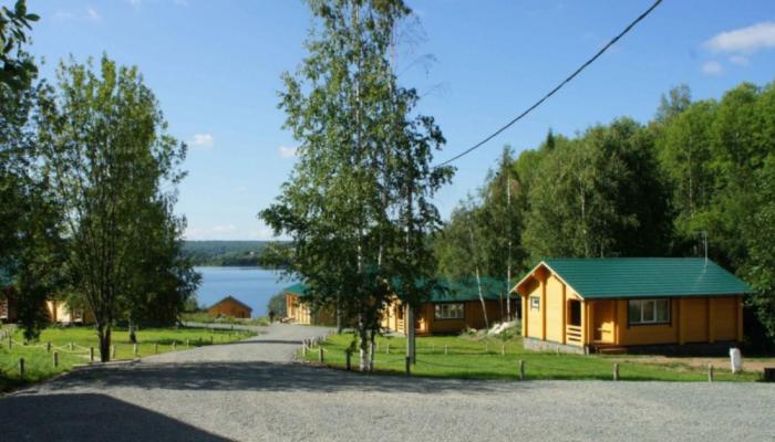 Поляна, туристическая деревня